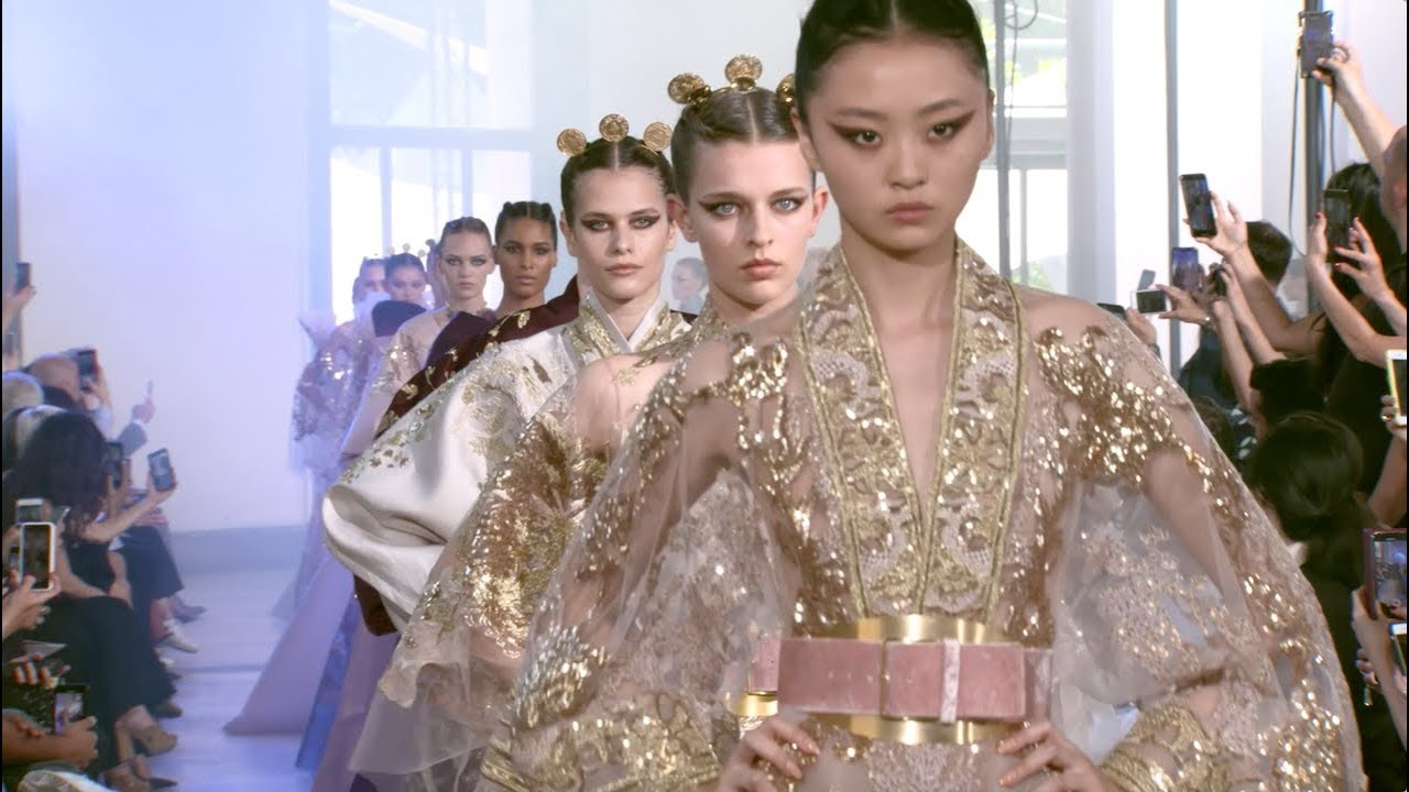 Watch the ELIE SAAB Haute Couture Autumn Winter 2019-20 Fashion Show